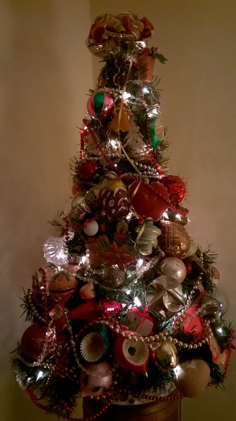 It's Not Too Late For A Christmas Memory Tree